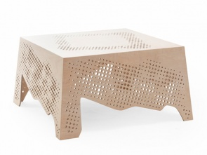 »lace tea-cloth« Table